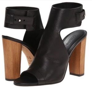 Vince Addie Leather Sandals
